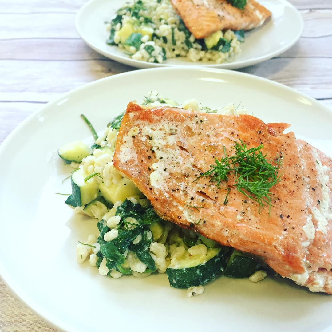 Blue apron salmon - Blue Apron Review Lemon Butter Salmon With Creamy Barley Zucchini Salad